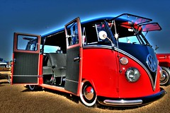 VW Bus with full Safari Windows