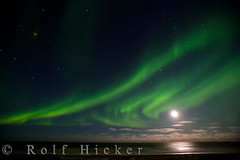 Northern Lights at full moon over Hudson Bay Canada (Rolf Hicker Photography) Tags: world travel light sky moon canada nature night photography lights spirit scenic manitoba churchill mystic northernlights auroraborealis hudsonbay travelphotography rolfhicker superaplus aplusphoto honeymooncanada hickerphotocom