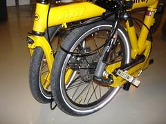 1201 001 (chiehlin0326) Tags: bike birdy