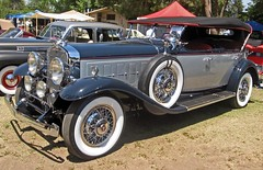 1931 Cadillac V-16 Special Phaeton front 3q (Ate Up With M