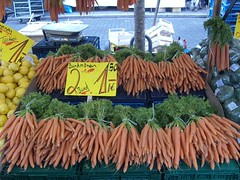 Maybachufer Turkish Market, Berlin (madeinmanc) Tags: orange berlin kreuzberg germany market fresh carrots turkishmarket maybachuferwochenmarkt