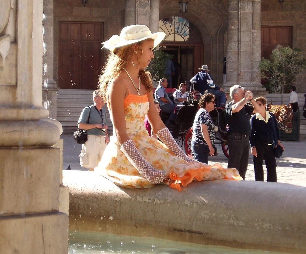 La cubana es la reina del Eden.....(fotos de bellezas en Cuba) 2295445157_f54da244e0_b