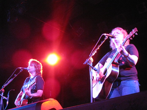 Indigo Girls at the Catalyst, Santa Cruz