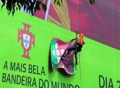work in progress (Graça Vargas) Tags: man portugal lisboa lisbon flag graçavargas ©2008graçavargasallrightsreserved 5201100710