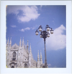 piazza duomo (Andrea [bah! la realt!]) Tags: film instant address:country=italy address:city=milano camera:model=polaroidsquareshooter88 film:type=instant film:subtype=peelapart film:iso=100 film:name=polaroid89