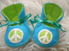 teal and lime handmade baby booties with peace sign motif (Funky Shapes) Tags: christmas uk baby love colors kids children shower shoes autum handmade teal unique oneofakind felt zapatos gift bebe accessories lime feltro peacesign booties babyshower wholesale bebes babygift funkyshapes babyclothing babyslippers etsybaby