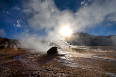 Geysers del Tatio - Chile (Aur from Paris) Tags: chile travel mountain southamerica backlight landscape volcano chili desert wilde altitude bolivia atacama geology geyser altiplano eltatio canoneos5d aur iiregion antafagosta