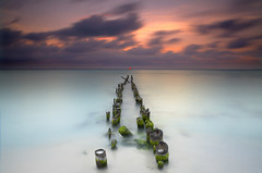 Exposed - Isla Mujeres Mexico (Near Cancun) (PatrickSmithPhotography) Tags: ocean longexposure travel sunset sea wallpaper vacation sky sun seascape gulfofmexico nature landscape mexico pier vanishingpoint sand warm gulf tulum cancun islamujeres quintanaroo topf1000 fpg ostrellina oracogp