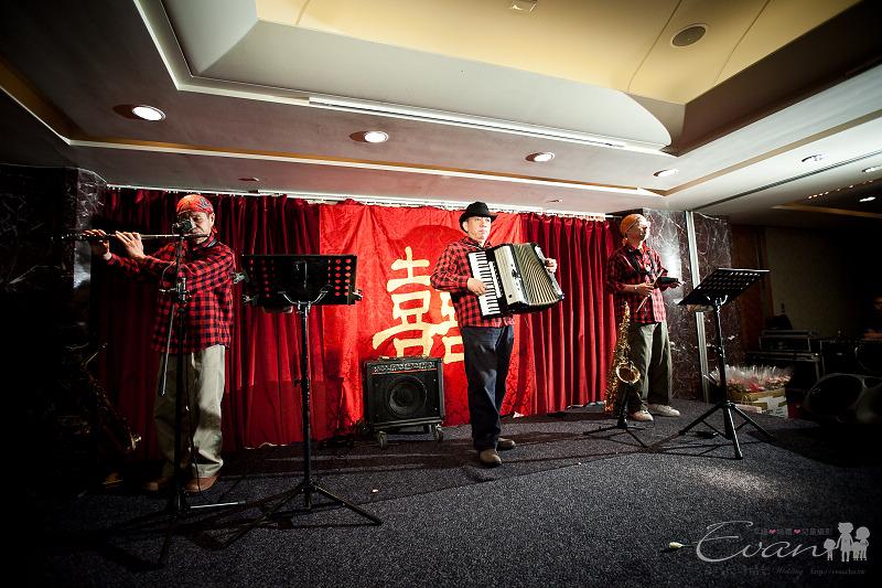 [婚禮紀錄]輝宏&欣怡婚禮攝影午宴_125