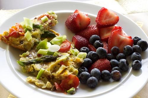 50/50 = Frittata & berries