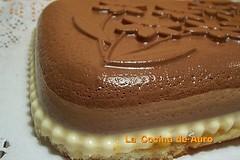 Tarta tres chocolates (auro44) Tags: flores tarta molde treschocolates