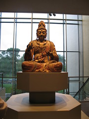 Kuan-Yin, June 2008, Minneapolis Institute of Arts, photo © 2008 by QuoinMonkey. All rights reserved.