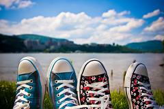 make chucks not war (JKnig) Tags: summer sky feet me grass clouds self river shoes mine sneakers converse cherryblossoms kicks hudsonriver plaid chucks chucktaylors westpoint allstars garrison esthers hils hehhehheh esther17 catchyoulater westpointmilitaryacade