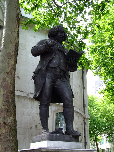 Dr Samuel Johnson memorial