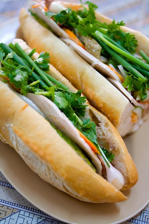 Khao jii, Vietnamese/French-style baguette sandwiches, Vientiane, Laos