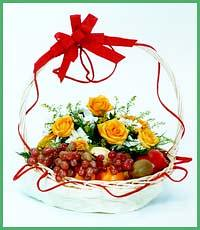 Gubahan bunga & buah (lieza~hafiz) Tags: bunga gubahan