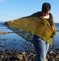waves in the square full shawl 4
