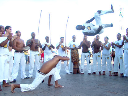 "Looking at the ""Capoeira"" in ""Capoeira Regional"" « Mandingueira"