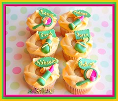 For Zakkiya n Friends (~Trs Chic Cupcakes by ShamsD~) Tags: white cake by cupcakes nikon candy african south makeup explore tres vanilla chic heavenly perfumes scent proudly d40 designercupcakes shamsd shamimadesai madeinsouthafrica cupcakesinsouthafrica cupcakesfromsouthafrica cupcakesinpietermaritzburg weddingcupcakesinsouthafrica weddingcupcakesinpietermaritzburg