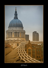 St Paul's Cathedral (scuba_dooba) Tags: city uk bridge england london church saint st cathedral millenium pauls stpaulscathedral wobblybridge gradients 18200mm flickrcolour excapture