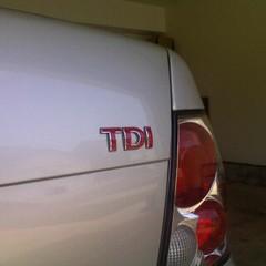 TDI badge red