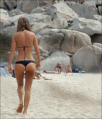 In spiaggia... (altinada) Tags: sexy ass beach back costume mare chica legs corse corsica culo fesses buttocks spiaggia gambe ciabatta incostume provocative passeggiata camminare billen nalgas  sedere camminata lavezzi chiappe natiche posteriore duepezzi lavezziisland dadietro iledelavezzi