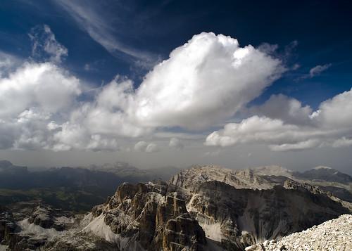 Nubes y Dolomitas