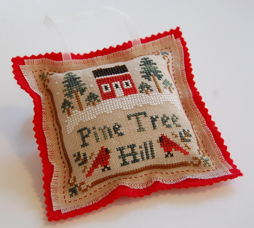LHN Pine Tree Hill finished into an ornament.