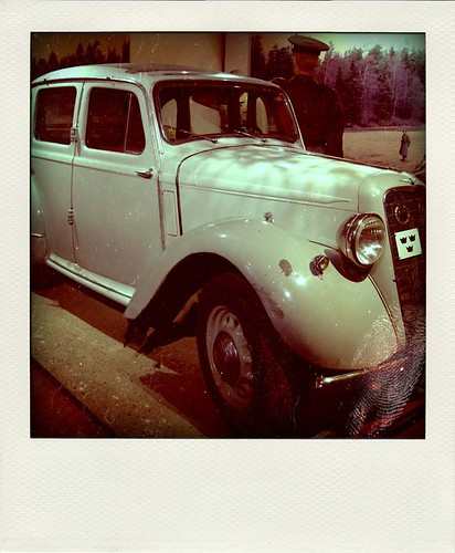 Hillman Poladroid