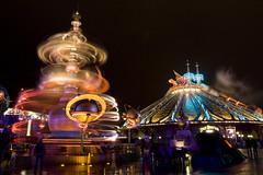 Discoveryland by night - Disneyland Resort Paris (Alejandro Prez) Tags: longexposure paris france night speed disneyland resort imagination spacemountain orbitron discoveryland