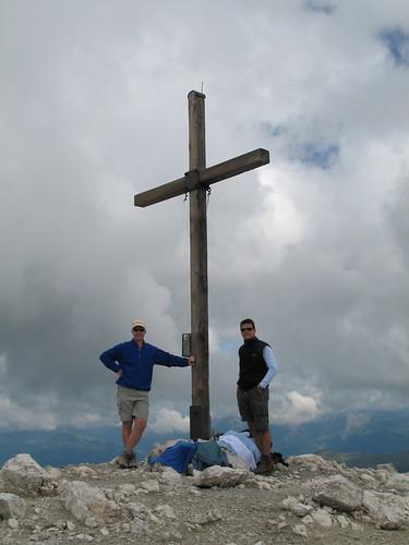 Endlich geschafft - das Gipfelkreuz des Peitlerkofels