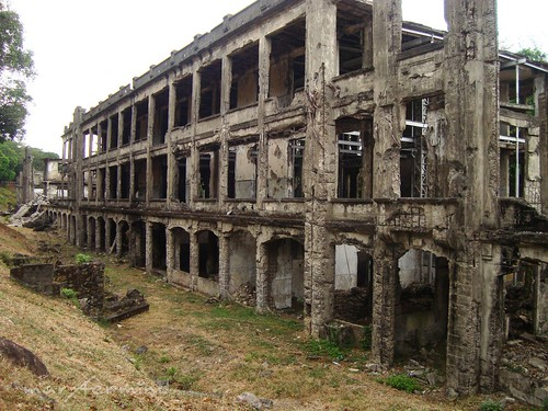 Corregidor Middleside Barracks (1)