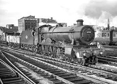 No.6930 'Aldersey Hall'. Birmingham (Snow Hill). 23 November 1963 (ricsrailpics) Tags: uk birmingham steam freight 1963 460 snowhillstation hallclass exgwr hawksworthtender