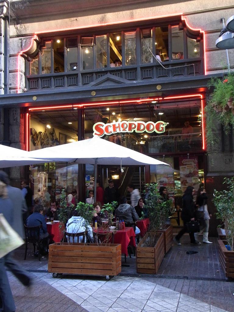 Schopdog, Santiago, Chile