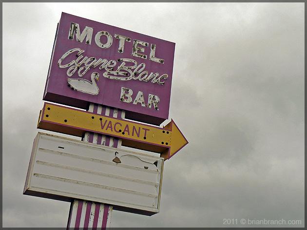 P1150371_motel_cygne_blanc