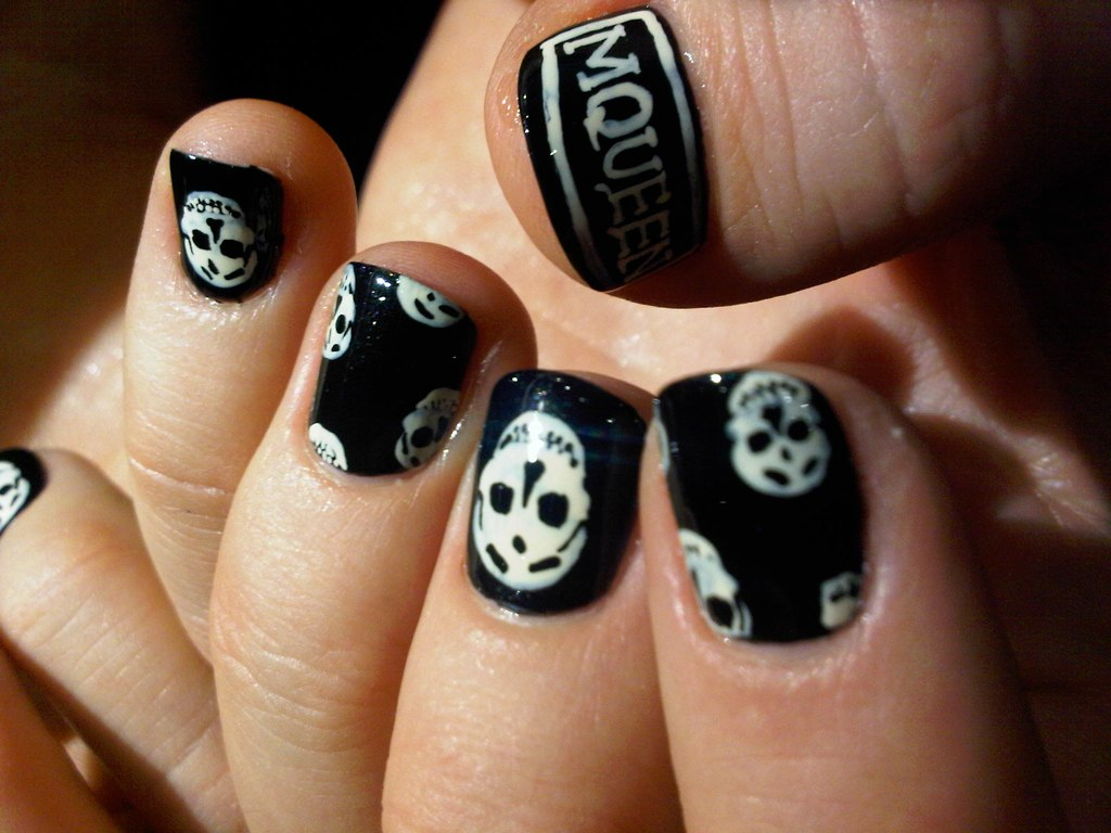 My Love is Blind Alexander, Can\'t You See My Desire? - Nail art in ...