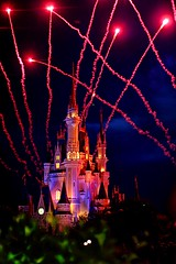 it starts at 9 (dubrillantes) Tags: canon eos orlando fireworks disneyland disneyworld rockets july4th 2008 disneyfireworks 40d dennisuybrillantes
