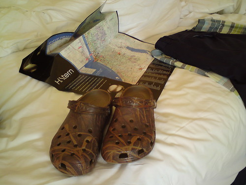 IDF Crocs