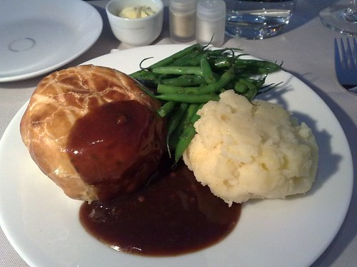 Beef Wellington with coriander red pepper sauce