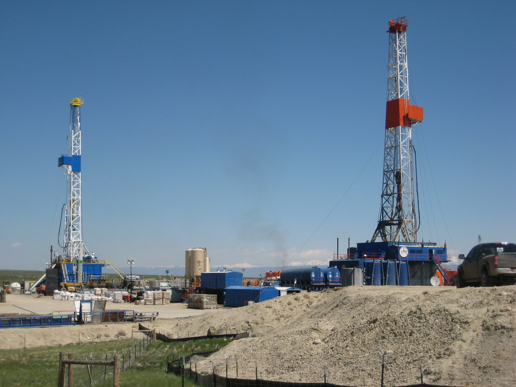 Drilling for gas near Pinedale, WY
