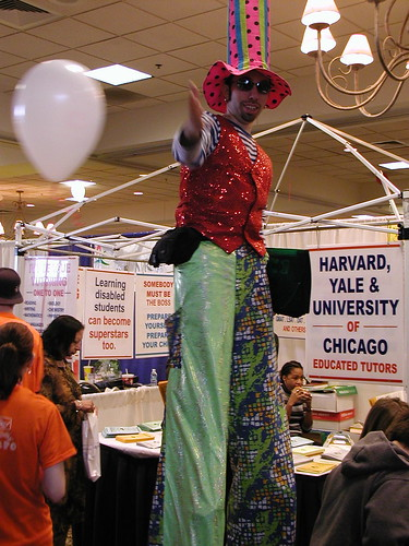 Kids Expo Stilt Walker