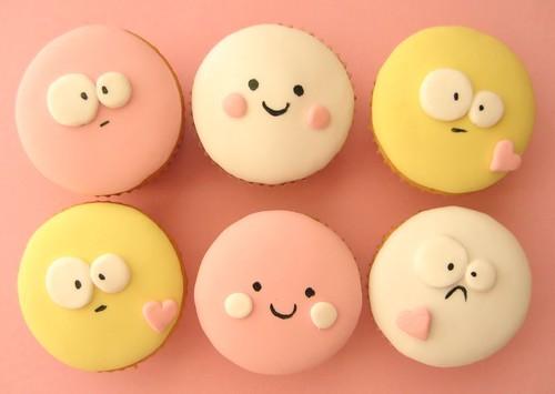 cute face cupcakes
