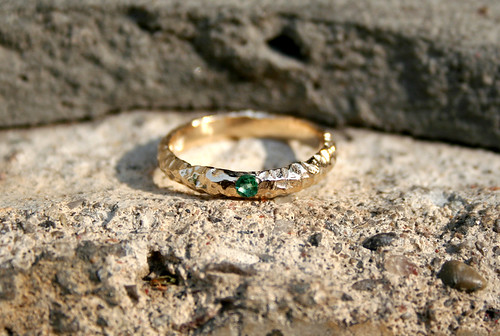 10k Gold and Emerald Ring - Size 7