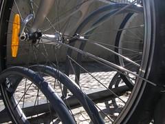 Um dobra-rodas que também dobra raios...