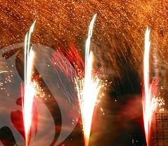 A Mass of Golden Rain (EpicFireworks) Tags: show display pyro bang 13g epic pyrotechnics epicfireworks