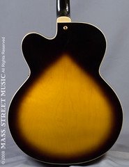 Epiphone Emperor (2867-4) (massstreetmusic) Tags: emperor epiphone archtopelectrics msm2867