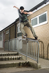 Paul Bs Feeble (RobSalmon) Tags: lighting york uk school two hairy slr robert digital canon regan way paul 350d one big sponsored infant shoes with shot skateboarding market bs yorkshire flash salmon rail right science rob east skate skateboard handrail skater hull dslr left skateboards grind skateboarder stoked digi flashes strobes feeble dvs weighton strobist scienceskateboards hairyrob primiary wwwscnccouk