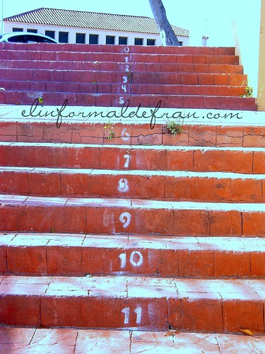 Escaleras Bº Victoria 006 copia