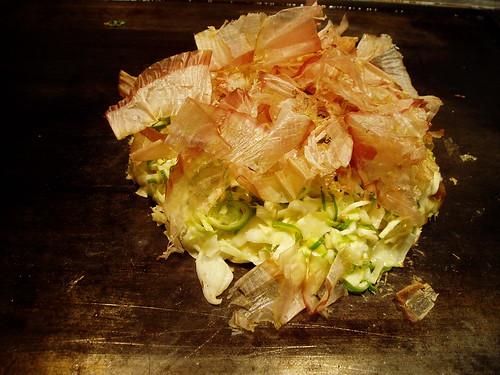 你拍攝的 鶴橋風月牛肉口味大阪燒。