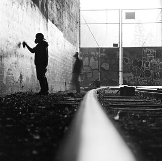 Graff Tunnel Silhouette
